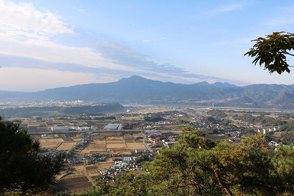 山の中腹からの眺望
